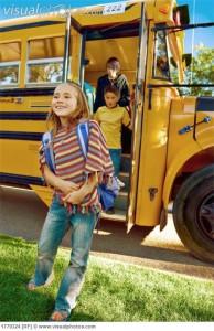 children_getting_off_school_bus_1779324